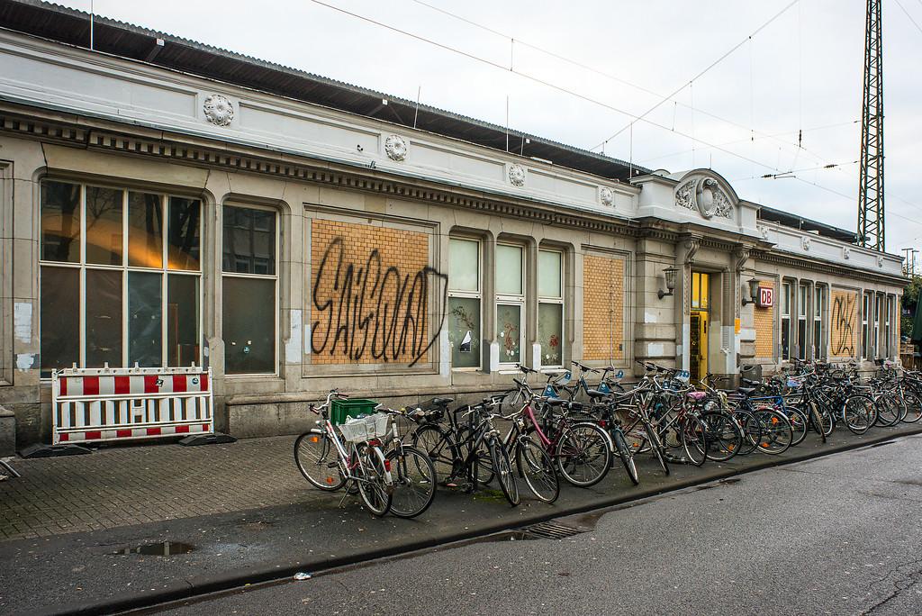 Bahnhof Köln West