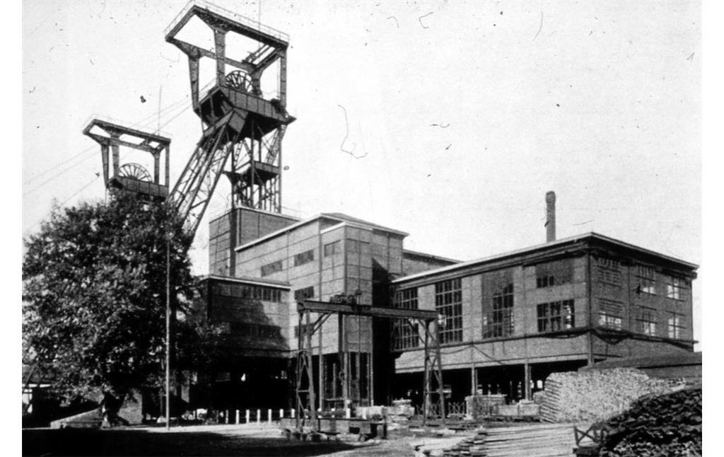 Zeche Zollverein 4, 5, 11 in Essen, Schacht 11