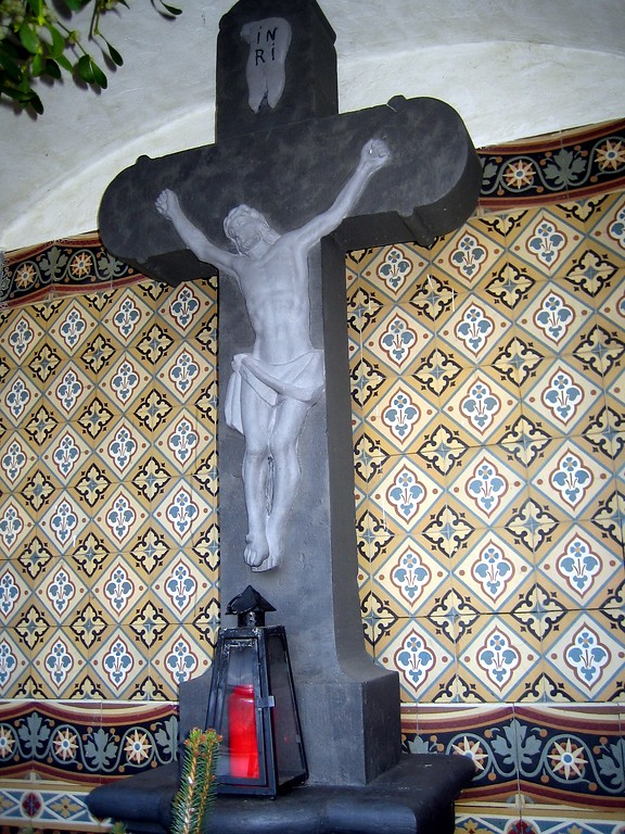 "Kruzifix in der Kapelle am ""Fallder"" in Sinzig-Westum (2012)"