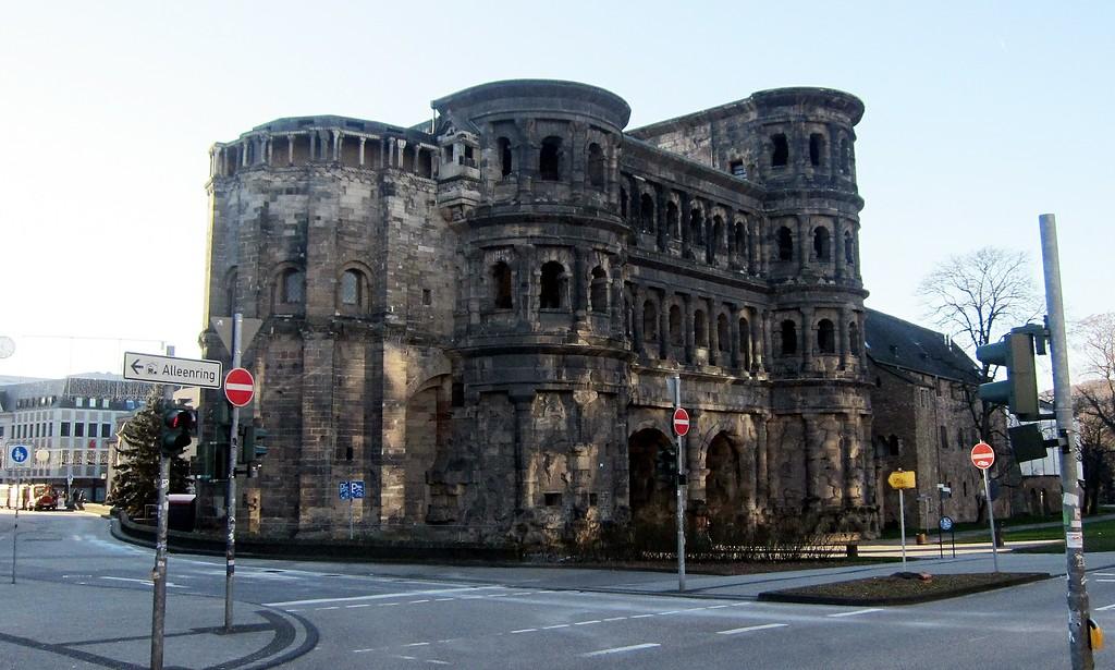 Porta Nigra Unesco Weltkulturerbe Trier Objektansicht